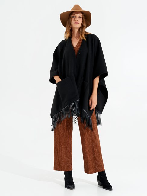 Cape with Fringes Black - CFC0099694003B001