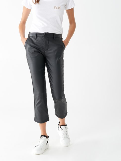 Cropped trousers in faux leather Black - CFC0100820003B001